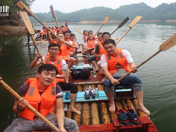 浏阳丹霞湖水上团建